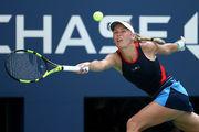Возняцки уверенно обыграла Севастову и завоевала титул в Пекине