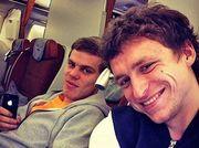 Mash: Кокорин и Мамаев разнесли вагон поезда Петербург — Москва