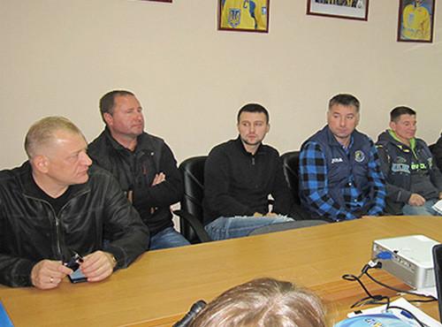 Українська хокеїстка буде виступати за чоловічу команду