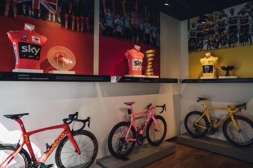 В Англии украли трофей победителя Тур де Франс-2018