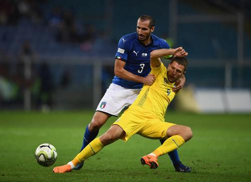 Кравец в матче с Италией провел на поле всего 14 минут