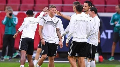 Где смотреть онлайн матч Лиги наций Нидерланды — Германия