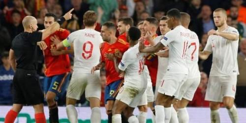 Испания - Англия - 1:3. Алькасер отыграл один мяч
