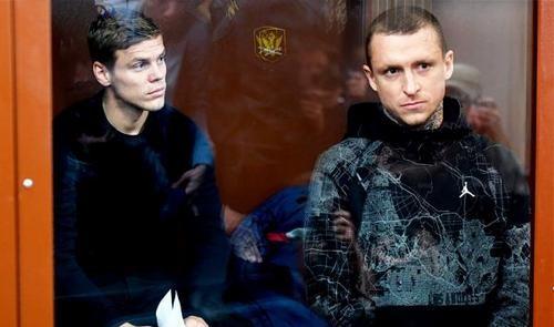 Кокорину и Мамаеву предъявлены обвинения в побоях и хулиганстве