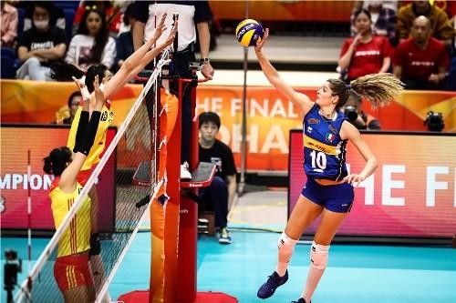 В финал чемпионата мира вышли сборные Сербии и Италии
