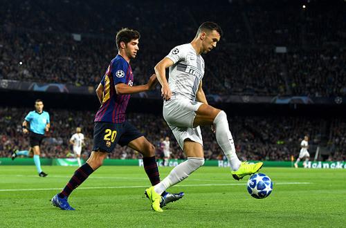Барселона без Месси уверенно победила Интер