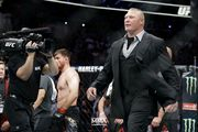 Брок Леснар посетит бой Кормье и Льюиса