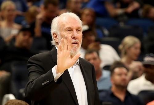 Попович стал пятым тренером в истории НБА, одержавшим 1200 побед