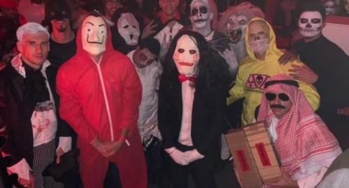 Игрок Баварии был вынужден извиняться за Хеллоунский костюм