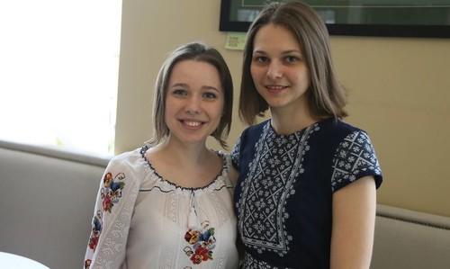 Сестры Музычук преодолели первый круг чемпионата мира