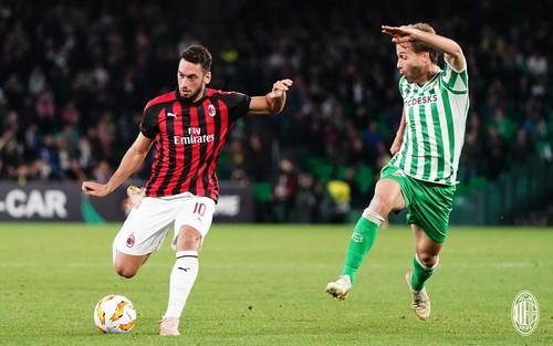 Бетис – Милан – 1:1. Видео голов и обзор матча