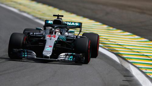 Льюис Хэмилтон - быстрейший в квалификации Гран-при Бразилии