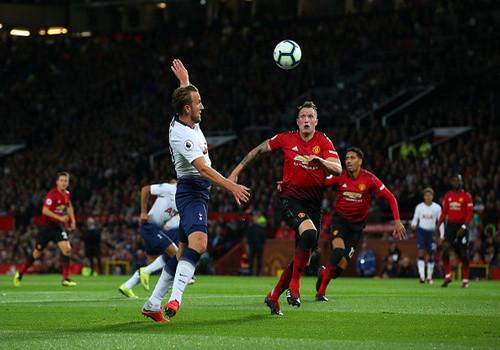 Тоттенхэм на Олд Траффорд нанес разгромное поражение Манчестер Юнайтед