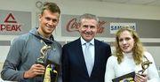 Плавець Романчук та борчиня Черкасова отримали нагороди від НОК