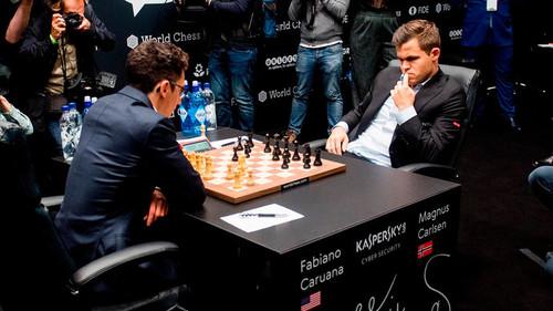 Карлсен и Каруана сыграли вничью в третьей партии