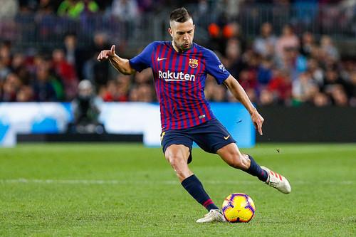 Барселона до сих пор не предложила Альбе новый контракт