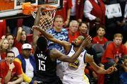 НБА. Хьюстон обыграл Голден Стэйт, победы Клипперс и Денвера