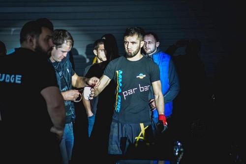 Украинский боец Шолинян уступил в дебютном поединке в Bellator