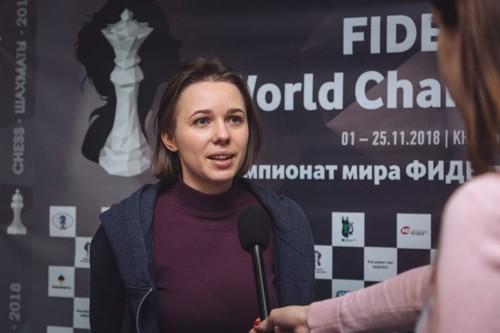 Музычук сыграла вничью во второй партии полуфинала чемпионата мира