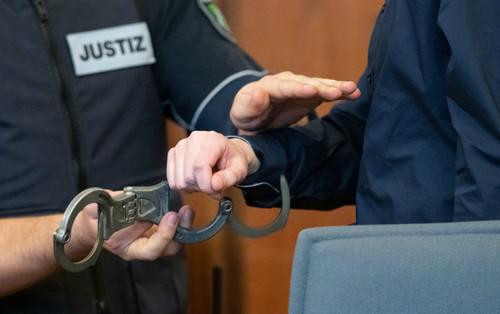 Обвиняемый в подрыве автобуса Боруссии может получить пожизненный срок