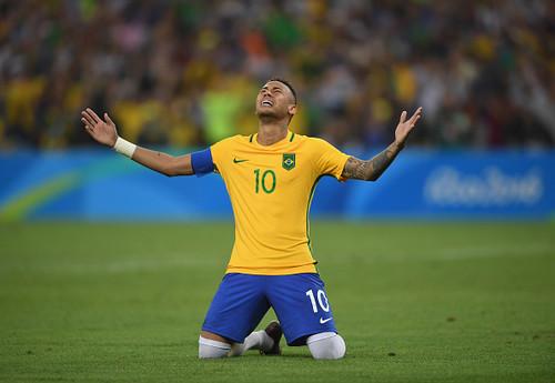 Врач сборной Бразилии: «Неймар избежал серьезной травмы»