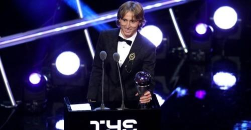 КАВАНИ: «Золотой мяч нужно отдать французу, а не Модричу»