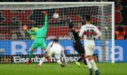 Байер - Штутгарт - 2:0. Видео голов и обзор матча