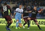 Лацио в компенсированное время избежал поражения в игре с Миланом
