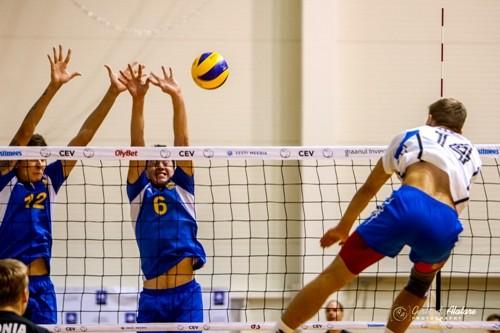 Турнир EEVZA по волейболу среди юношей до 17 лет выиграла Польша