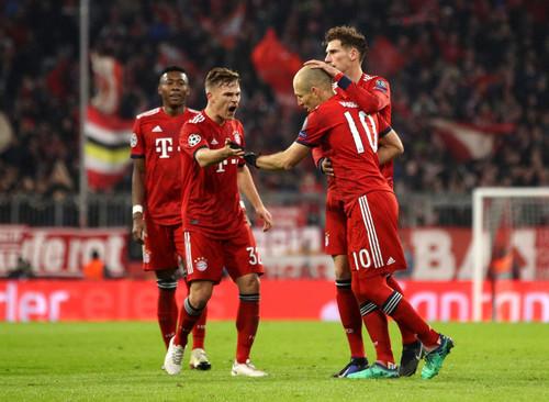 Группа Е. Бавария разбила Бенфику