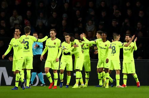 Барселона в 20-й раз выиграла группу Лиги чемпионов - это рекорд