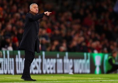 Жозе МОУРИНЬО: «Эвертон не опередит Манчестер Юнайтед»
