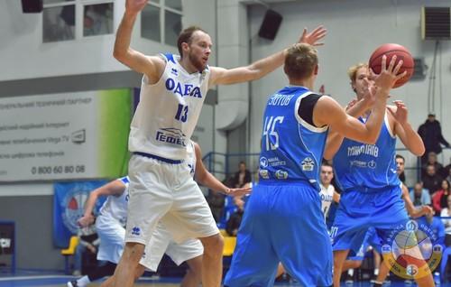 Николаев на выезде обыграл Одессу