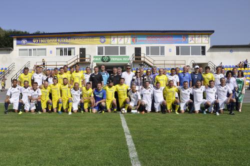 Збірна ветеранів України зіграла два матчі до Дня Незалежності