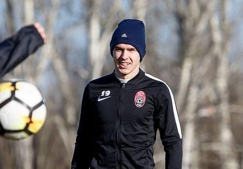 Александр ТЫМЧИК: «Пока я полноценный игрок Зари»