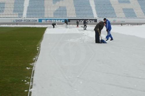 Яблонец провел тренировку на заснеженном стадионе Динамо