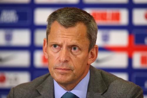 Мартин Гленн покидает пост главы Футбольной ассоциации Англии