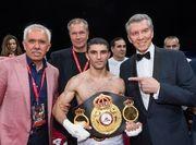 Далакян защитил титул чемпиона мира WBA, победив Леброна