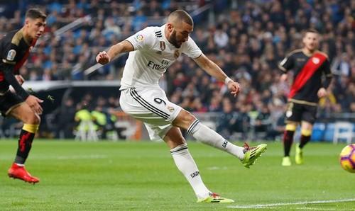 Реал минимально обыграл Райо Вальекано в Мадридском дерби