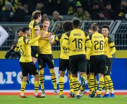 Боруссия Дортмунд — Вердер — 2:1. Видео голов и обзор матча