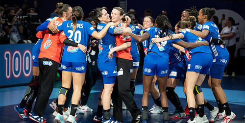Франция обыграла сборную России и стала чемпионом Европы по гандболу