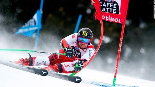 Хиршер выиграл параллельный гигант в Альта Бадии