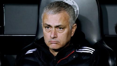 Манчестер Юнайтед уволил Моуриньо