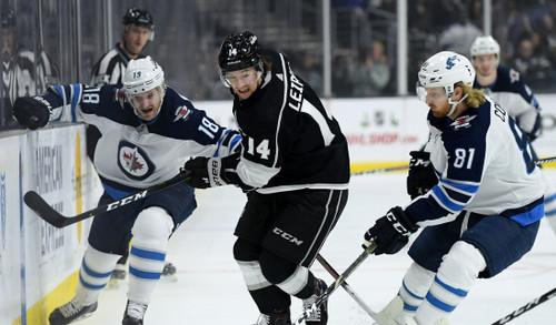 НХЛ. 7 шайб Торонто, успех Филадельфии, неудачи лидеров Запада