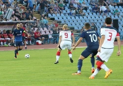 Арсенал-Киев на своем поле уверенно разобрался с Десной