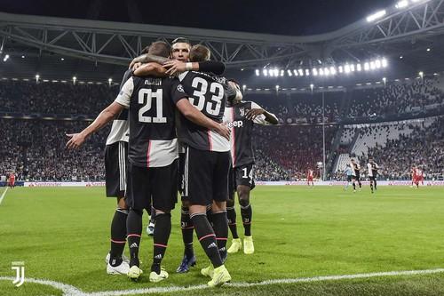 Роналду установил рекорд по победам в Лиге чемпионов