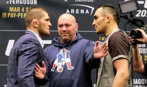 В UFC рассказали, когда ждать боя Хабиба и Сен-Пьера