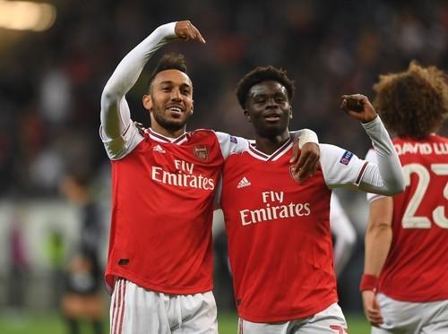 Смотреть футбольные видео арсенала из лондона без регистрации