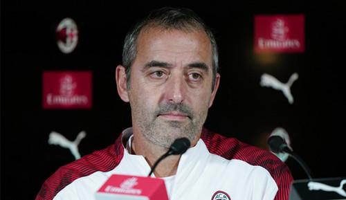 Только увольнение. Тренер Милана Джампаоло сам не уйдет