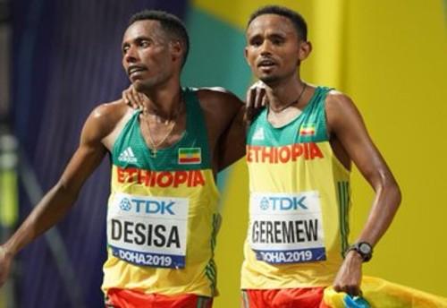 ВІДЕО. Ефіопський бігун виграв марафон на ЧС-2019